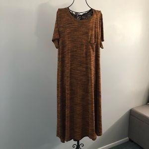 NWOT LulaRoe Carly Dress - M